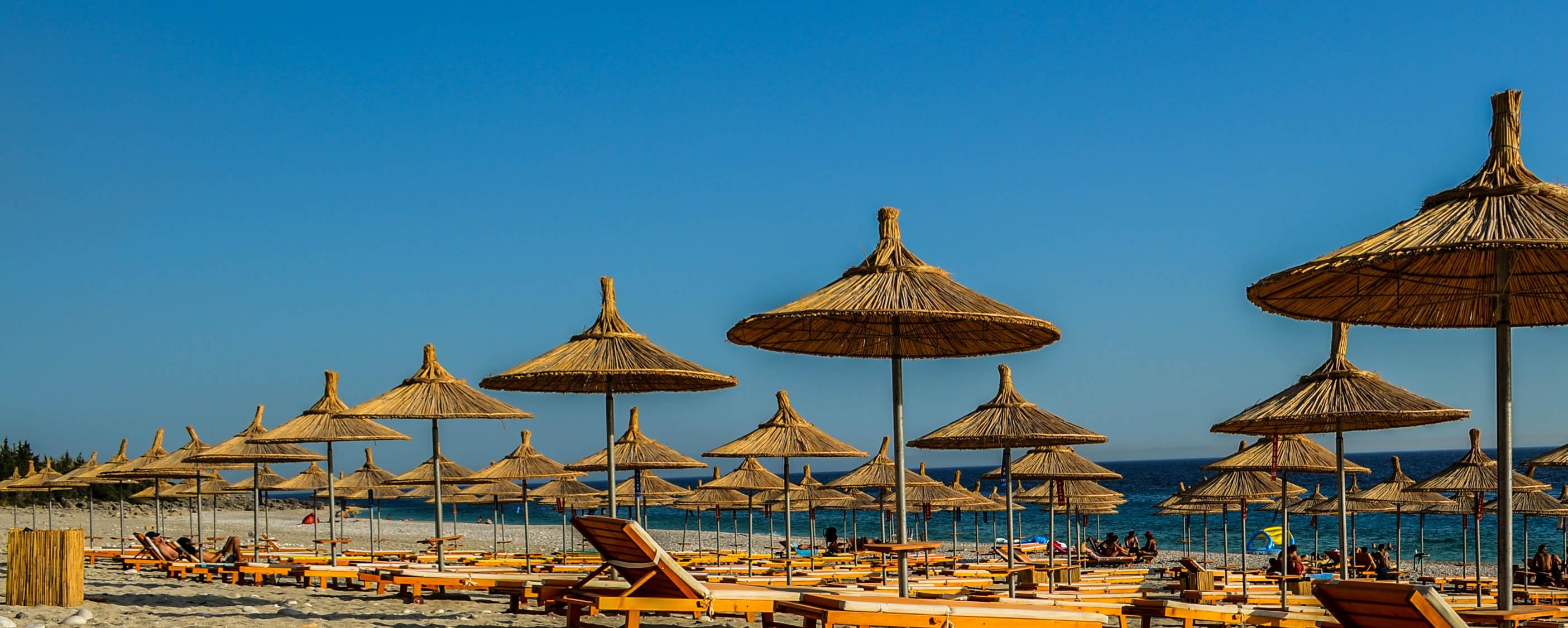 5-albanie-superbe-plage-deserte-a-dhermi